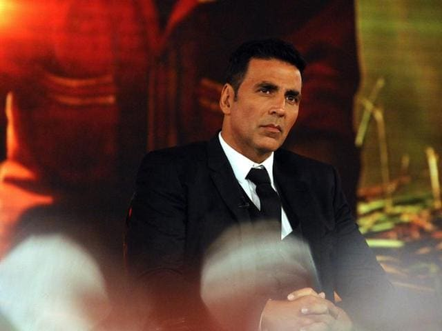 Akshay Kumar is known for doing daredevil stunts. The actor performs one such action scene in Baby.