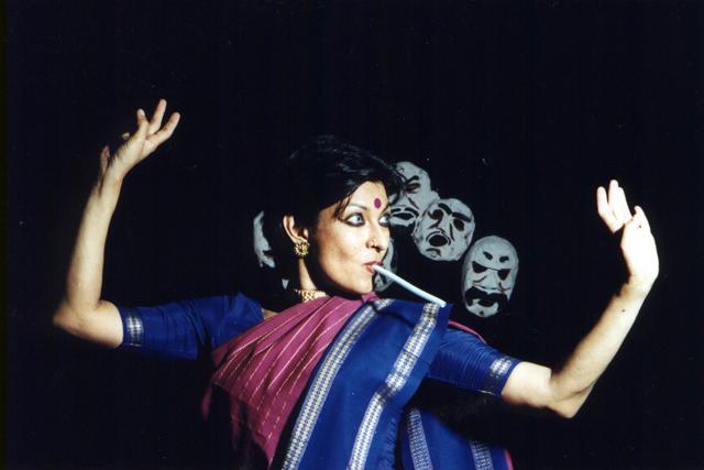 A young Mallika Sarabhai in Peter Brook's le Mahabharata(Photo: Daniel Cande; Courtesy: Wikipedia Commons)
