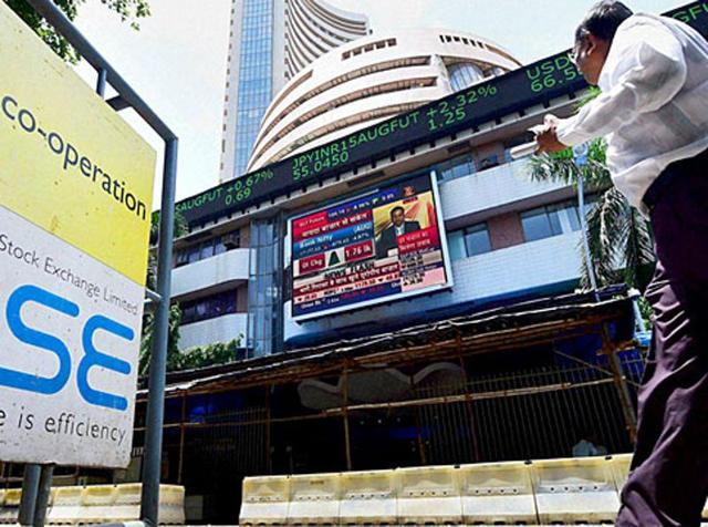 Sensex extends gains for third day, gains 364 points to end at 24,607