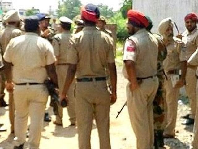 As the Khanna police raided a marriage function to secure the arrest of a criminal, declared a proclaimed offender in several cases, a group of people attacked  the police party at Nangal village of Dehlon on Friday evening.