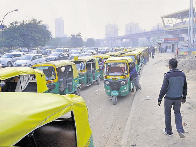 Autos will ply at a base fare of Rs 25 and Rs 5 for every kilometre. Night charges will be applicable from 11 pm to 5 am.