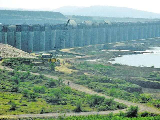 The ACB plans to complete the investigation of 40 tenders of the Gosikhurd (in pic) national irrigation projects within six months. It is expected to file its second FIR in one of the tenders in the coming week.