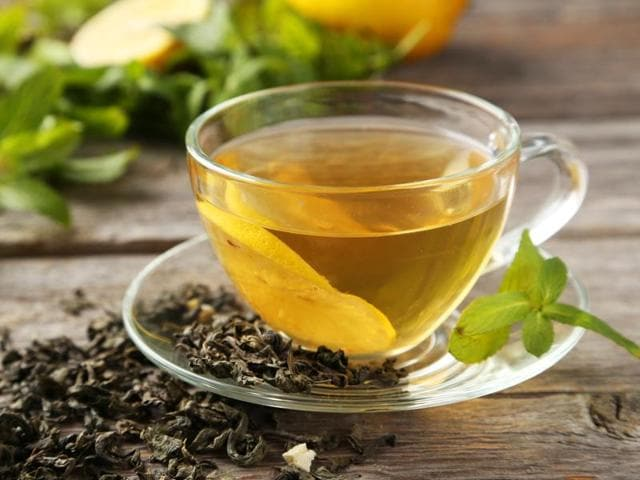 Experts say that tea drinkers -- consuming one to three cups per day -- were 35% less likely to develop heart disease than the other volunteers. Tea drinkers also had lower levels of calcium deposits in their arteries.