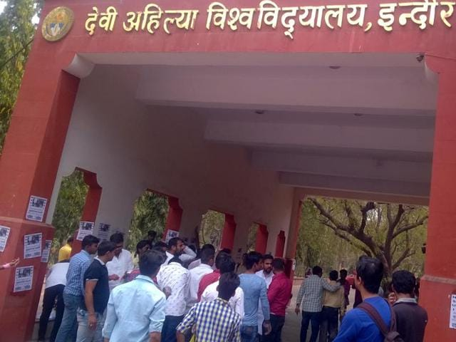 NSUI activists protesting at DAVV administrative campus in Indore.