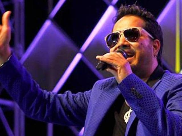 Mika Singh is among the top singers in Bollywood today. (HT)