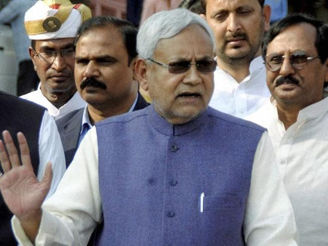 Bihar chief minister Nitish Kumar believes he has been able to convince the Nepalese leadership of the utility of a high dam in Sapt Kosi region.(PTI Photo)