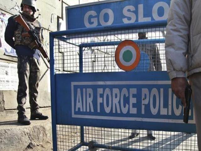 Pathankot terror attack,paramilitary forces,Pathankot air force base