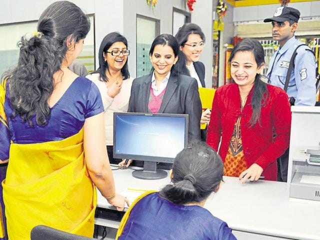 Women staff member working at the New Delhi Branch of Bharatiya Mahila Bank.