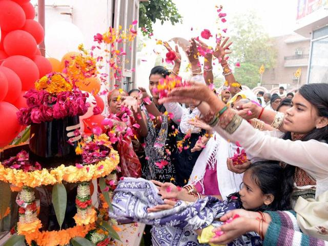 Devotees worshipping Lord Shiva on the occasion of Maha Shivratri in Bikaner on Monday.