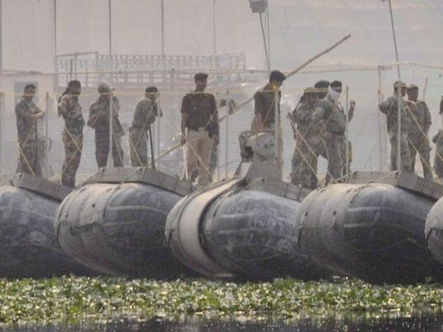 The Indian Army, which has built a pontoon bridge on the Yamuna for the Art of Living event, is likely to build one more to ease movement of a large number of people expected to attend the controversy-ridden festival.(Sunil Ghosh)