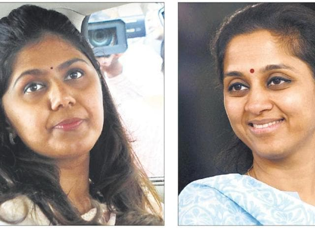Even in the current context, most prominent women leaders come from political dynasties, although Pankaja Munde or Supriya Sule have shown they have independent minds and the potential to make it to the top.