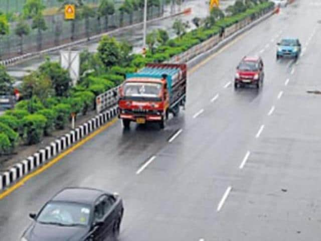 Driving long distance on India's national highways may no longer be a taxing affair with the government planning to provide amenities such as washrooms, drinking water and multi-utility shops every 25 km.