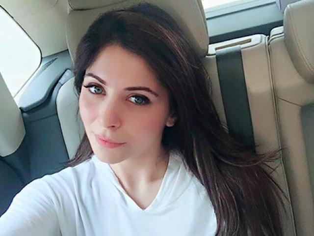 Live shows are transparent -- people listen to you because they enjoy a performance, says Kanika Kapoor.