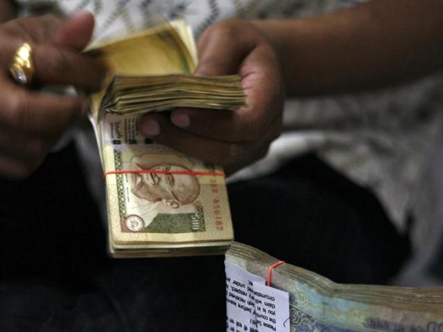 CBI raids 10 Syndicate Bank branches in fraud case, stock falls