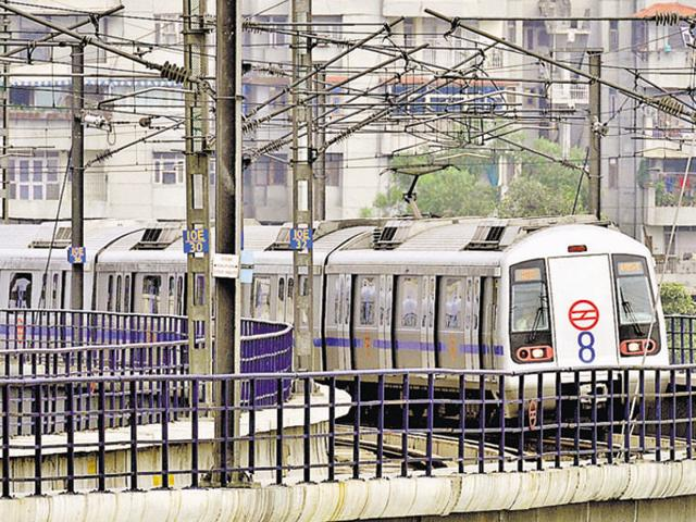 Apart from a queue manager system at the weak points, the CISF has taken several other measures to avoid any unprecedented incidents inside the Metro through this structural problem.