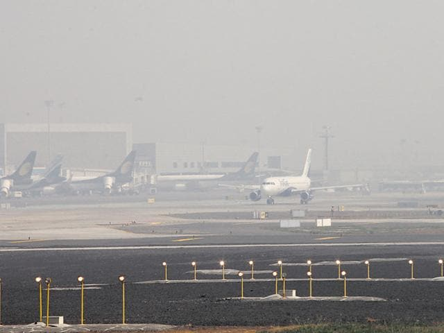 8 out of 10 flight delays in January were directly or indirectly caused by weather problems.