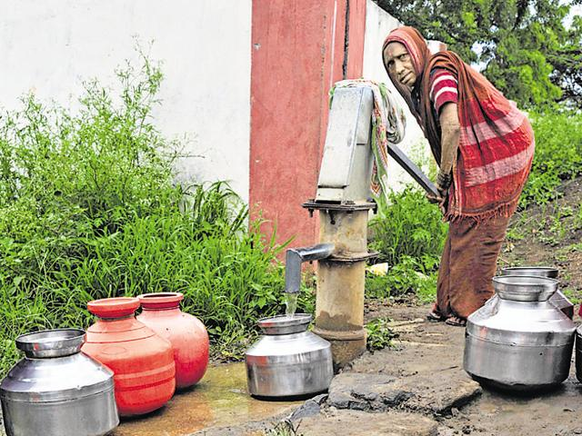 Irrigation plan soon for all districts in Maharashtra