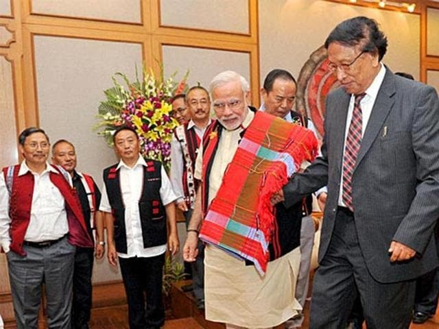Prime Minister Narendra Modi with NSCN (IM) General Secretary Thuingaleng Muivah at the signing ceremony of historic peace accord between Government of India  and NSCN, in New Delhi,