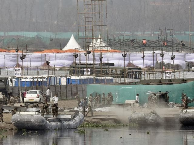 The organisers of the World Culture Festival, spiritual guru Sri Sri Ravi Shankar's the Art of Living Foundation, admitted before the green court that with three days to go, no fire department or transport department permissions had been obtained.