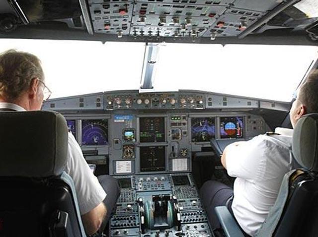 Muslim women escorted off plane for 'staring' at crew member: Report