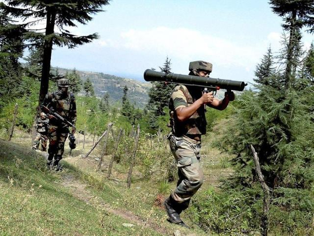 Indian troops on manoeuvres in Kupwara district of Jammu and Kashmir.