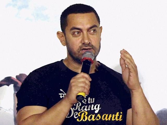 Currently holidaying in USA, Bollywood actor Aamir Khan will return to the country ahead of schedule to spend his 51st birthday with his mother on March 14.