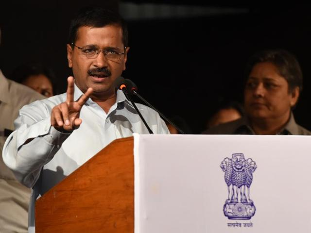 Court summons Kejriwal, 5 others in Jaitley's defamation case