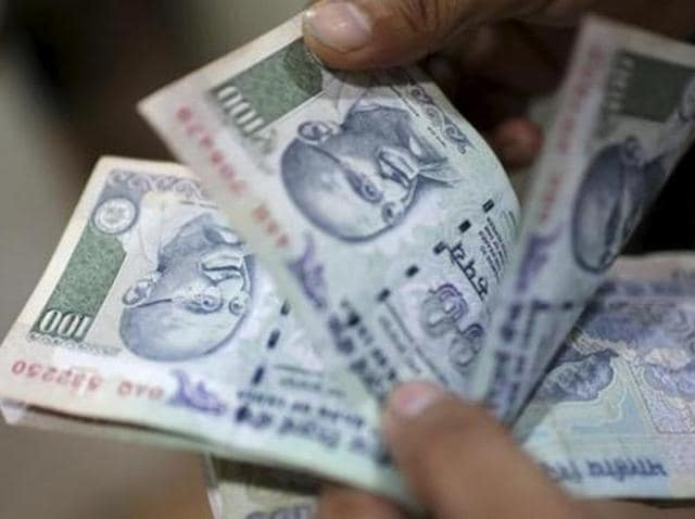 The rupee bounced back by 14 paise against the US currency to close at 67.21 on fag-end selling of dollars.