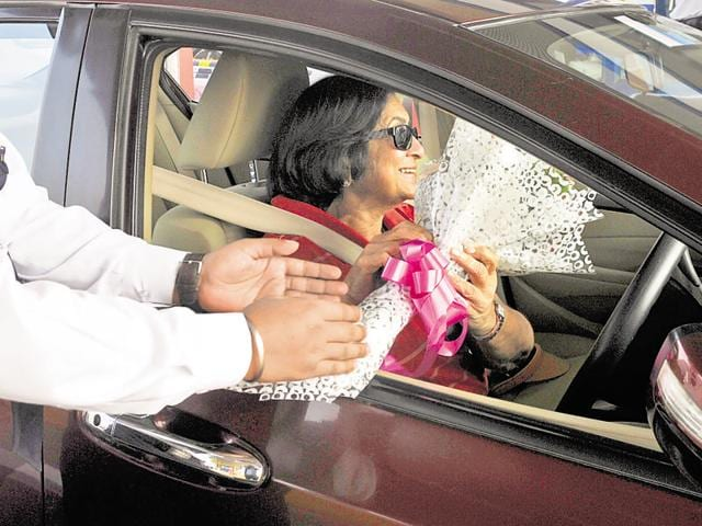 Over 7,000 women drivers used the toll-free passage. Toll booth attendants also welcomed them with flowers.
