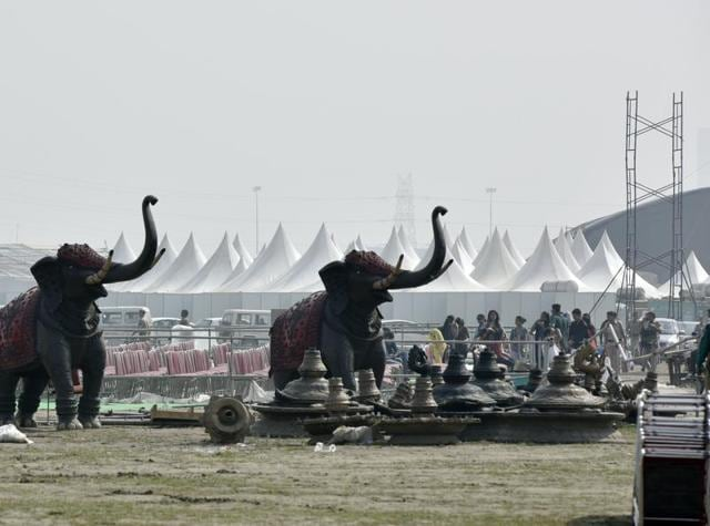 The Delhi Police perceive a possibility of stampede and chaotic situation at the World Cultural Festival.