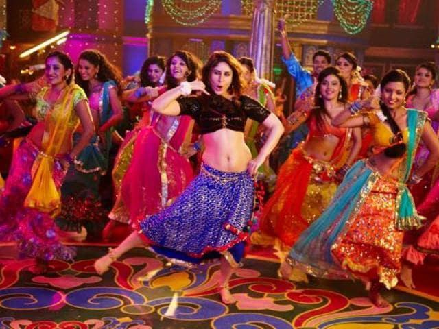 Kareena Kapoor in Fevicol Se song from Dabangg 2. (YouTube)