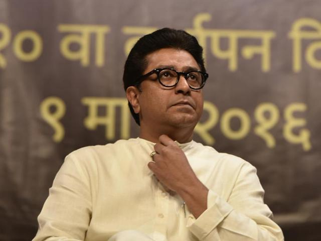 MNS chief spells out revival plan: 'Burn down new autorickshaws'