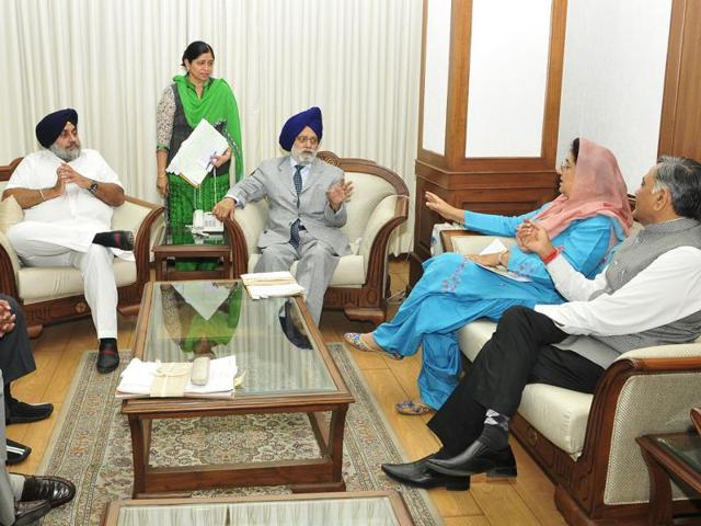 Atwal rejects Cong demand, calls for limiting obit references