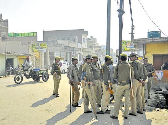 Samajwadi Party,SP MLA,Road mishap