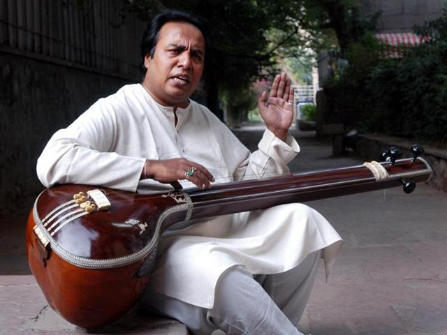Faiyaz Wasifuddin Dagar belongs to a line of celebrated musicians that can be traced back to Swami Haridas in the 16th century, famed singer Tansen's guru.