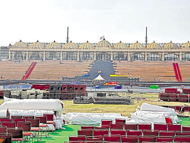 NGT slams government,Delhi pollution watchdog,Art of Living event