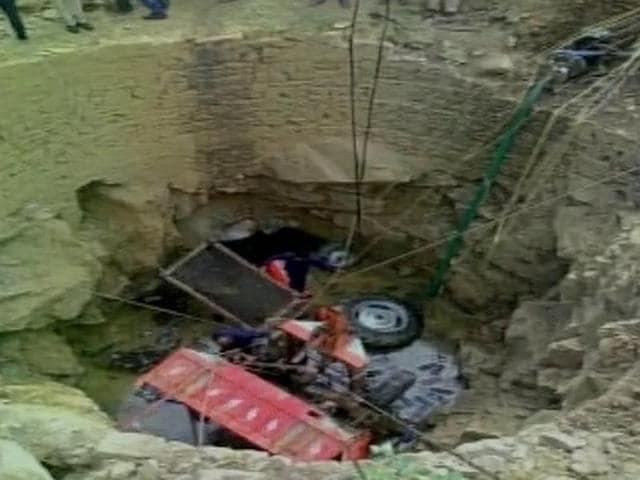 10 people were killed when a tractor-trolley fell into an open well in Gujarat.