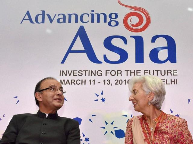 Finance minister Arun Jaitley interacts with IMF managing director Christine Lagarde at conference on