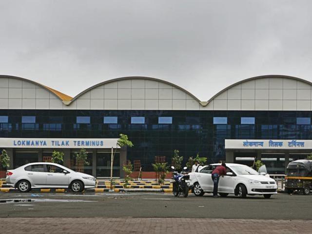 Mumbai,Lokmanya Tilak Terminus,Police