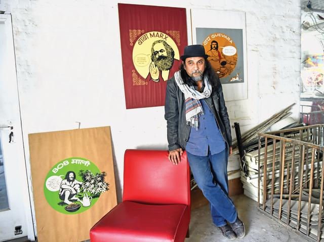 Artist Orijit Sen at his studio in New Delhi, India (Photo by Ajay Aggarwal/ Hindustan Times)