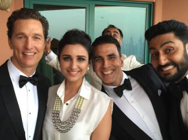 Akshay Kumar and Abhishek Bachchan photobomb Parineeti Chopra's selfie with Matthew McConaughey .