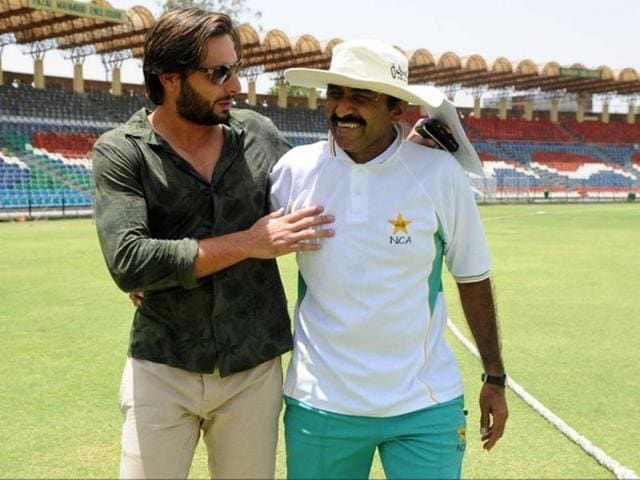 Pakistan skipper Shahid Afridi (left) was slammed by former player Javed Miandad for 'pandering to India'.