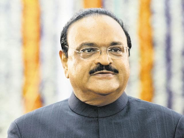 NCP leader Chhagan Bhujbal appeared before the ED for questioning in connection with the Maharashtra Sadan money laundering case.