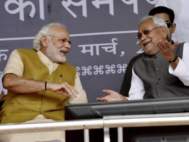 Prime Minister Narendra Modi with Bihar chief minister Nitish Kumar in Hajipur on Saturday.
