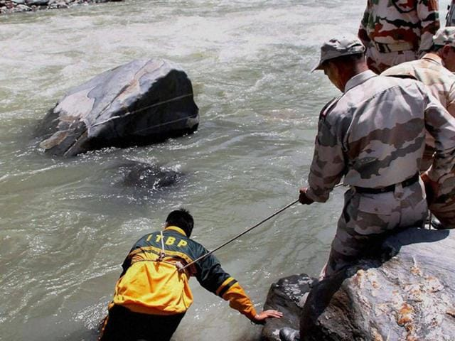 A group of seven students and a guide from Kullu went missing during an expedition to Chanderkhani pass. Rescuers found six of the group on Sunday but could not reach two others until Monday morning.