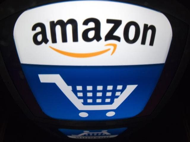 Online retail colossus Amazon is seeking a US patent on using selfies -- instead of passwords -- for shopping when using smartphones.