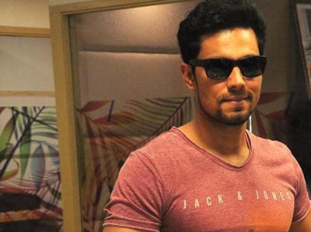 Bollywood,Actor,Randeep Hooda