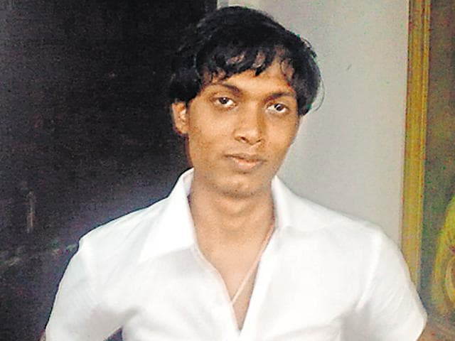 Vidhyadhar had fled the city with his cousin and fellow suspect Shivkumar Rajbhar after the Hema's and Haresh's bodies were found on December 12, a day after they were murdered.