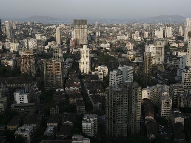 Mumbai,Devendra Fadnavis,Illegal buildings