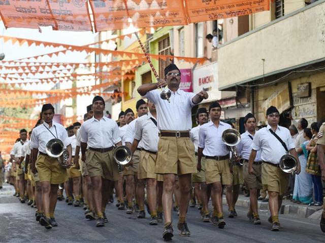 RSS,khakhi shorts,swayamsevaks